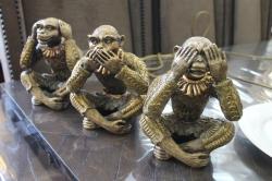 """Бронзовые статуэтки  """"Три обезьяны"""""""